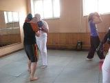 Тренировка по Ушу . Два боковых удара и прикрытия предплечьями от них